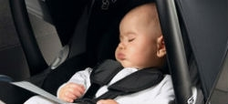 Retirada una silla de coche para niños Bbest