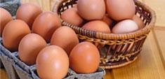 Huevos, tómalos frescos y desecha los viejos